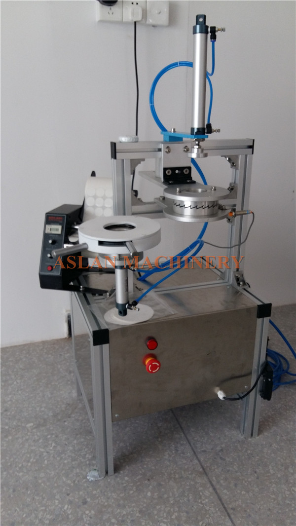 semi-automatic soap packing wrapper machine